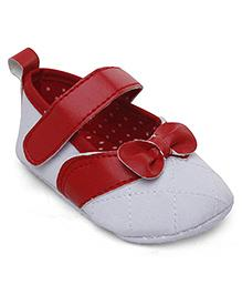 Cute Walk Booties Bow Applique - White And Red