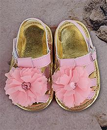 Mini Sed Flower Applique Booties - Pink